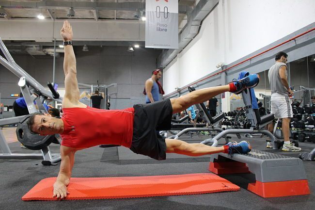 plancha-lateral-2-apoyos-josemi-entrenador-personal-madrid